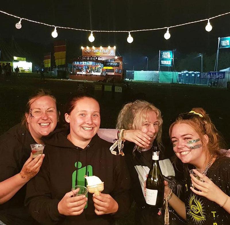 Festival mobile bar –The Tipsy Grey Manchester